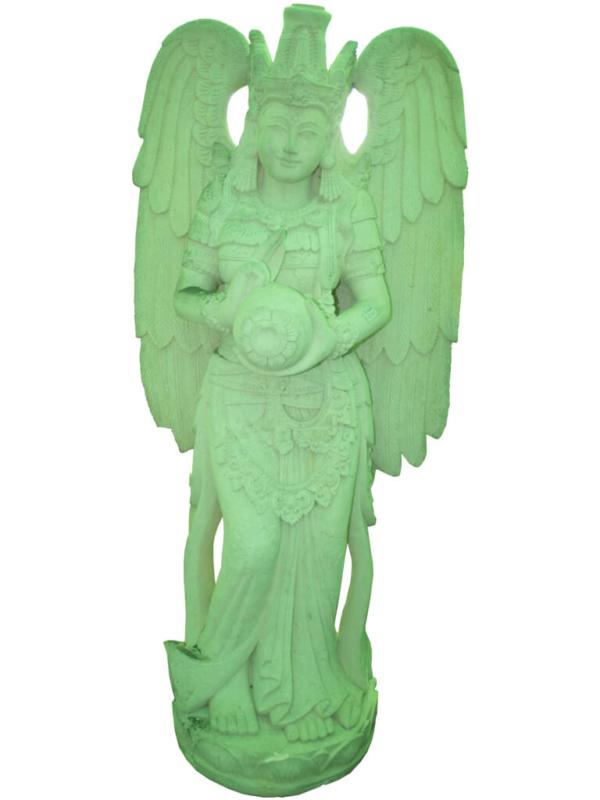 Статуя большого ангела из бетона - фото